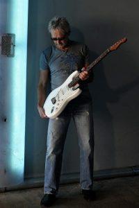Michael Reese, guitar
