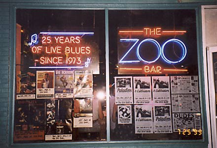 ZOO BAR | Lincoln NE